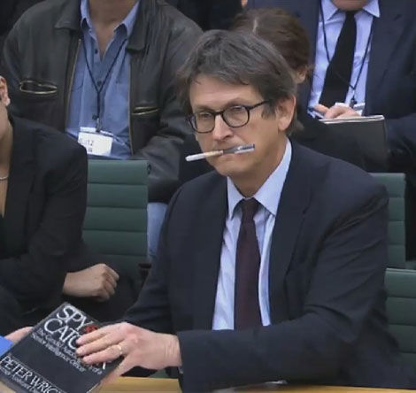 Guardian-editor-Alan-Rusbridger-questioned---trim2-short.jpg